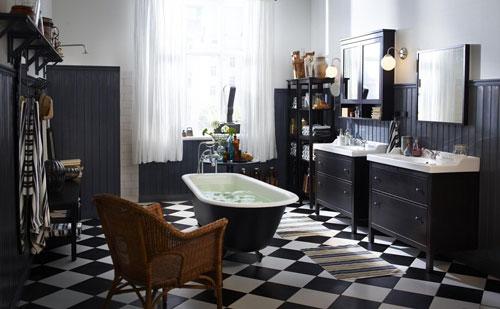 Một mẫu Phòng tắm màu đen kết hợp với màu trắng sang trọng cần chú ý